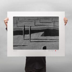 grafika artystyczna wykonana w technice linorytu wydrukowana na papierze oraz podpisana przez autora